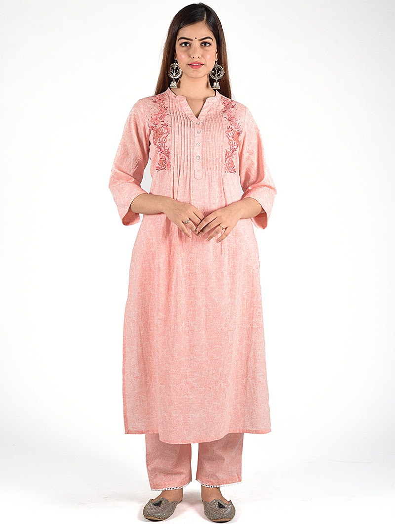 Dharan-Peach-Floral-Embroidery-Pintuck-Kurta
